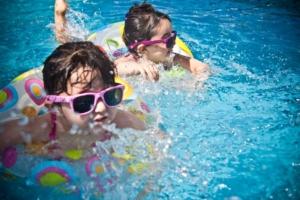 Bilety rodzinne - czas pobytu na hali basenowej 1 godzina
